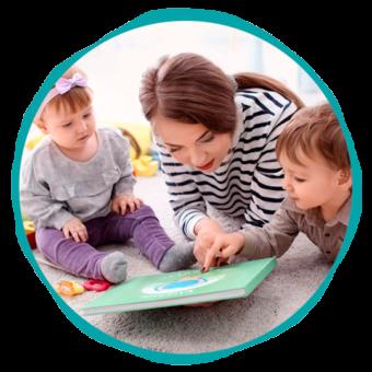 Cuidado de los niños con actividades productivas - Empleada en casa