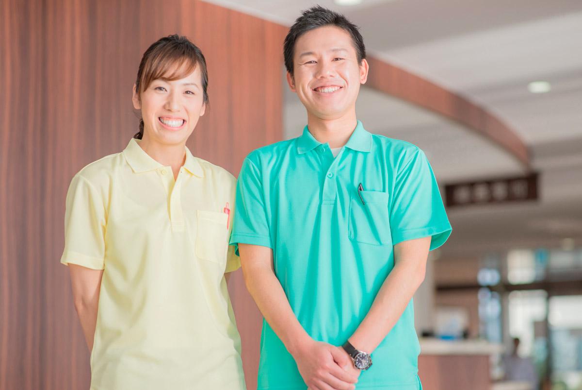 Matrimonios internos que se encargarán de tu casa tanto fuera como dentro - Empleada en casa